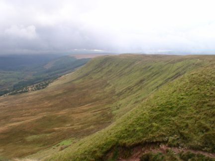 Looking along the slopes of Twyn Mwyalchod to Taf Fechan Forest